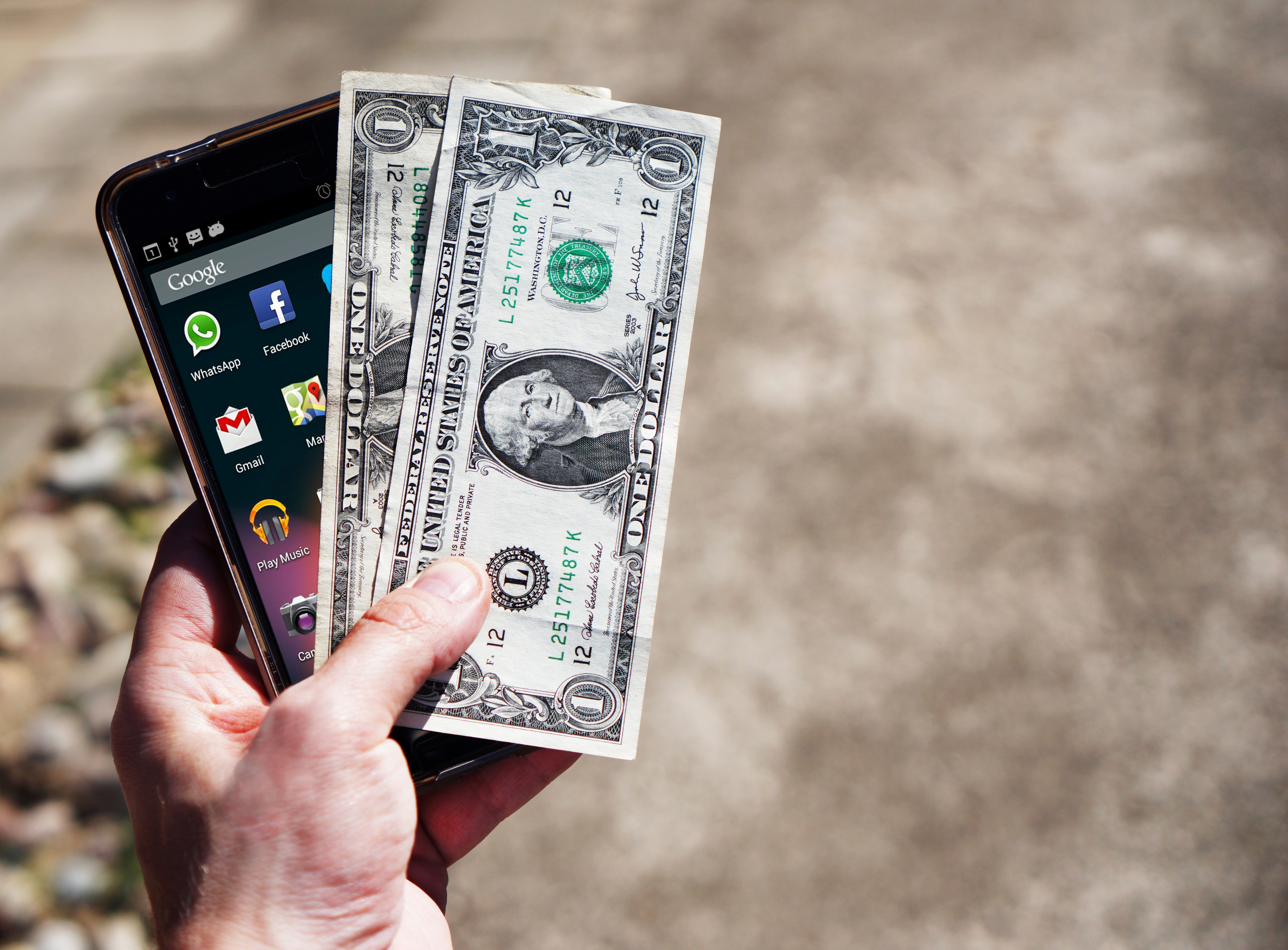 New Decade, New Ways to Pay: Will the 2020s Bring a Cashless Society?