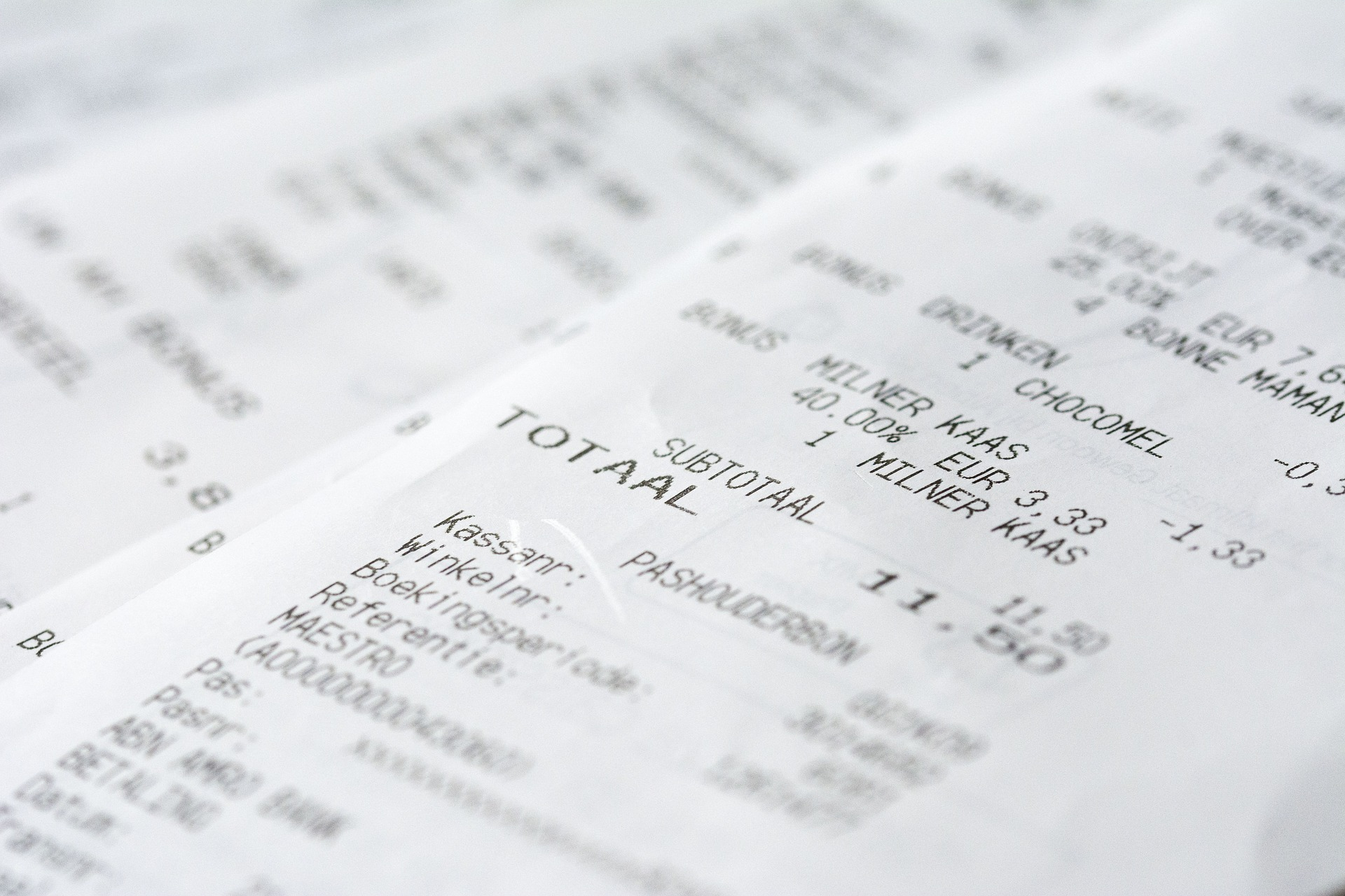 Receiptless Transactions in Korea: Why Just Skip Signatures, Skip Credit Card Receipts