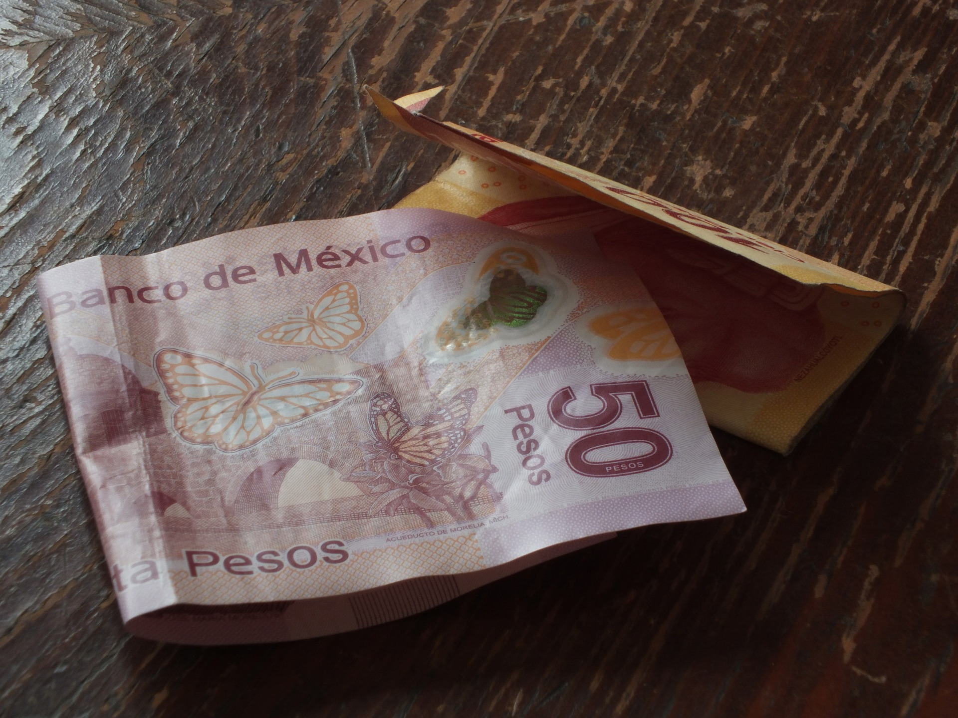 Maxing Out Mexico: Credit Card System Comes to a Halt