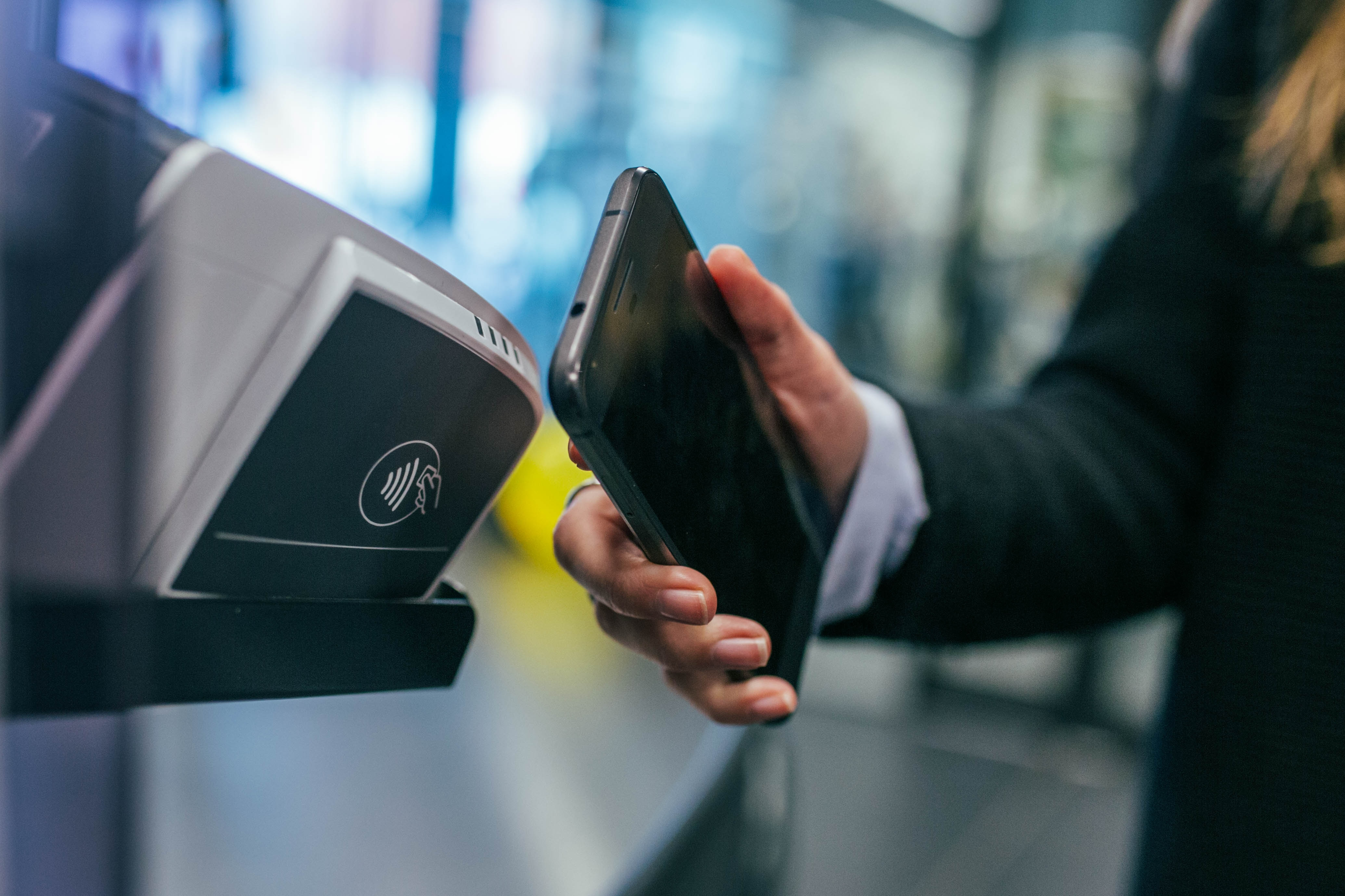 First Data, Samsung, and Visa Partner On Merchant POS