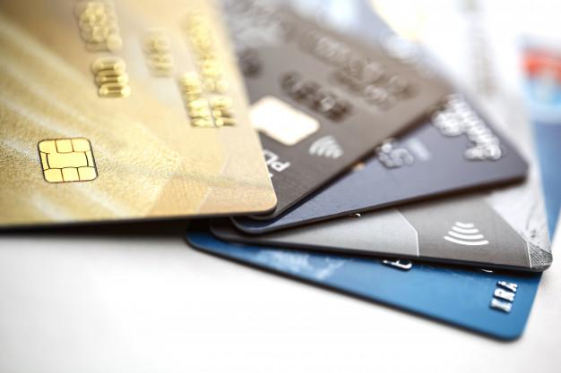 Minimum Dues and Minimum Don'ts: UK versus US Credit Cards