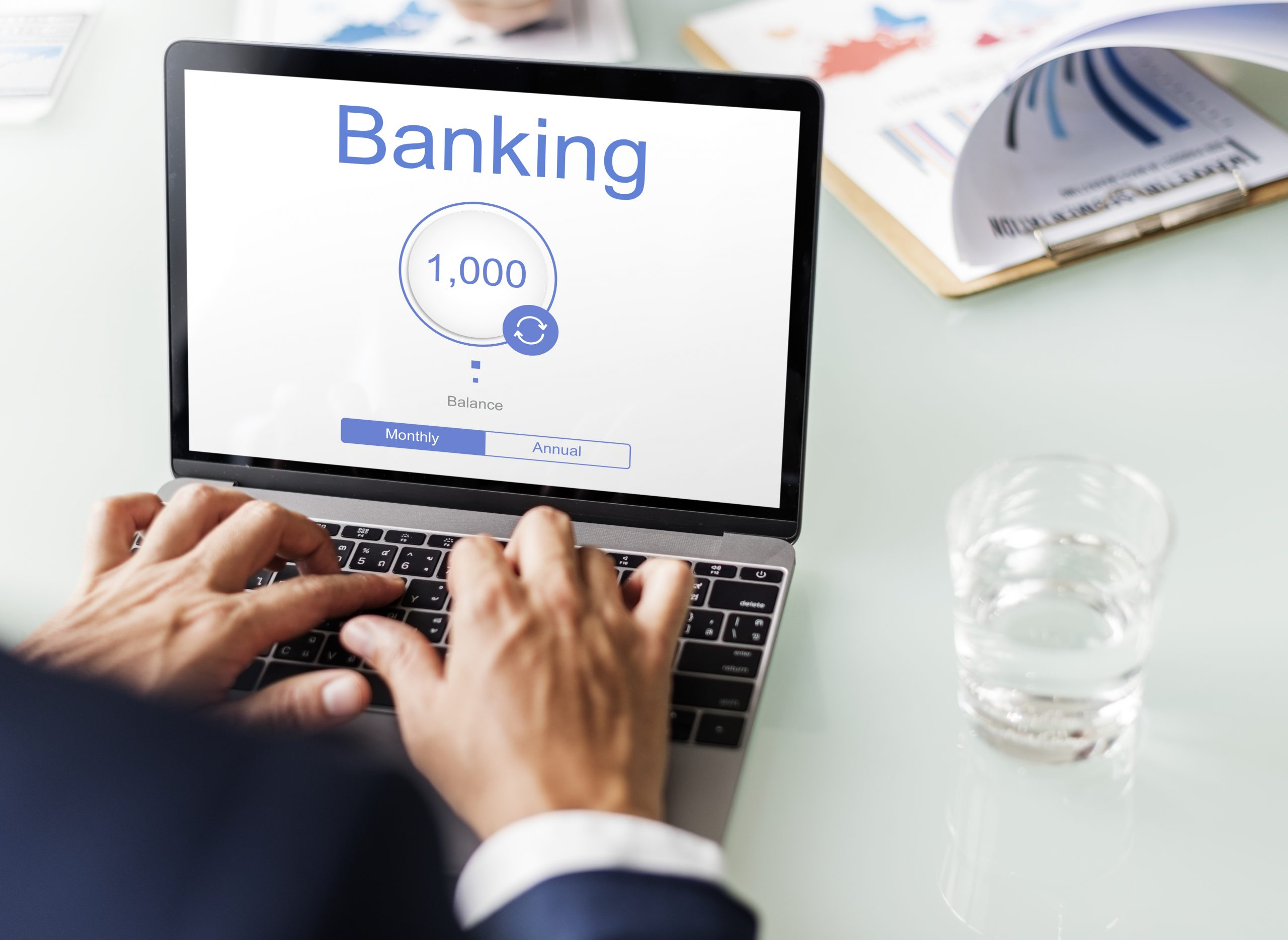 What Banks Need to Know to Onboard Digital Generation Customers and Keep Them